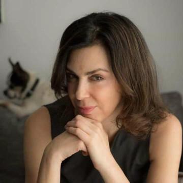 Entrevista a la escritora Claudia Marcucetti