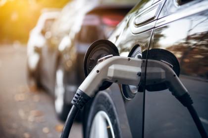 Más del 40% de los consumidores no se plantea comprar un vehículo eléctrico