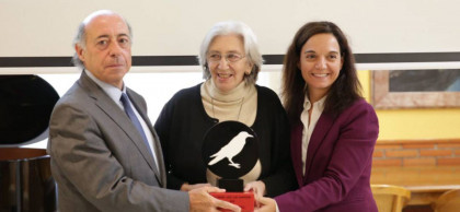 """Clara Janés: """"Comparto con Sampedro el intento de hacer una obra bien hecha"""""""