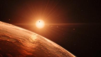 Siete mundos como la Tierra orbitan una pequeña estrella a 40 años luz