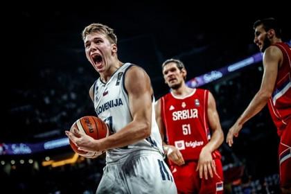 Eslovenia gana su primer Eurobasket frente a Serbia con exhibición de Dragic