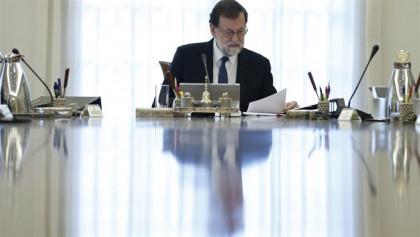 El Gobierno motiva el 155 en que Puigdemont ha iniciado una secesión con